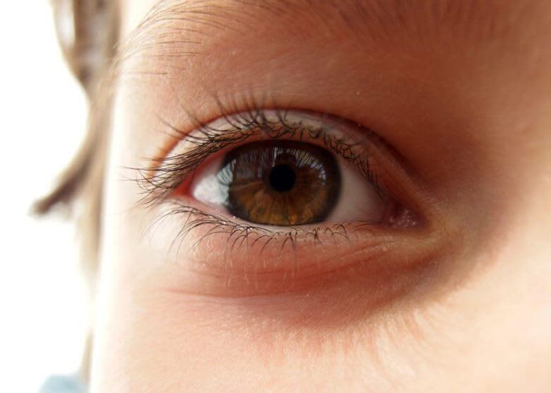 importance of eye contact with kids - article image of child's eye close up