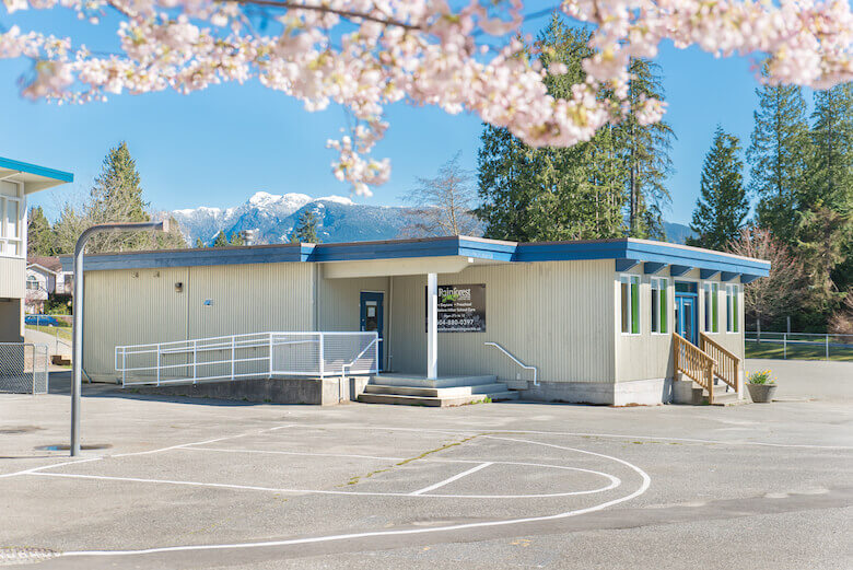 north-vancouver-rainforest-daycare-exterior-clear-view-780